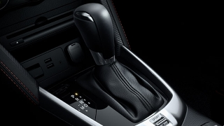 2018 Mazda 2 Sedan gear shifter