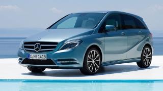2018 Mercedes-Benz B-Class front