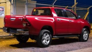 2018 Toyota Hilux exterior rear quarter