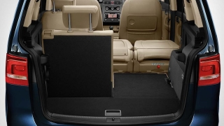 2018 Volkswagen Touran seats