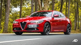 2020 Alfa Romeo Giulia exterior front quarter