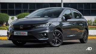 Honda City hatchback 1.5 RS front quarter