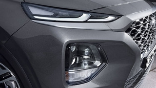 Hyundai Santa Fe 2019 fog lamps and headlights