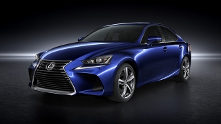 Lexus IS 2018 front
