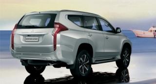 Mitsubishi Montero Sport 2018 rear