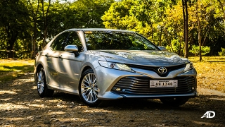 toyota camry review road test front quarter exterior philippines