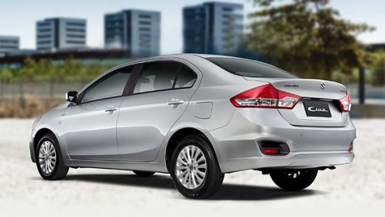 2018 Suzuki Ciaz rear quarter