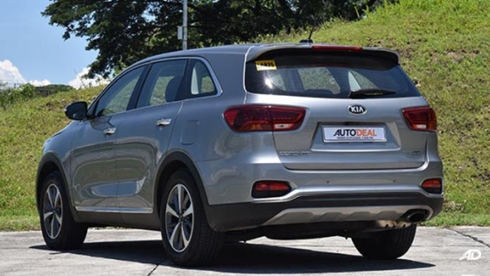 2019 Kia Sorento rear quarter