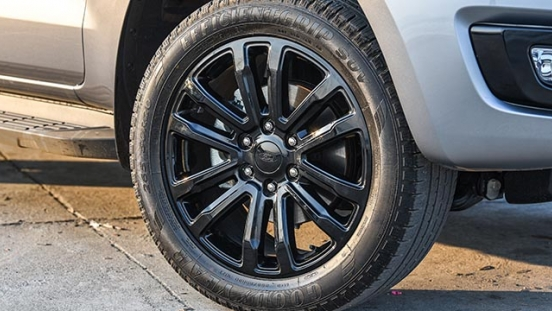 2020 Ford Everest sport wheels