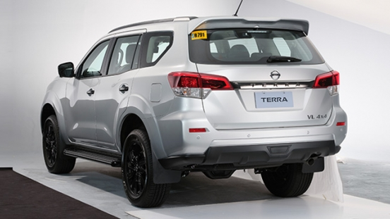 2021 Nissan Terra VL Philippines exterior rear quarter