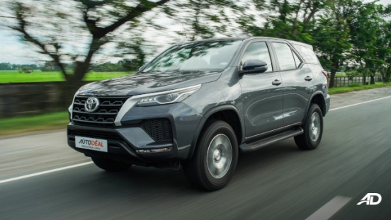 2021 Toyota Fortuner G DSL Philippines Exterior Rolling