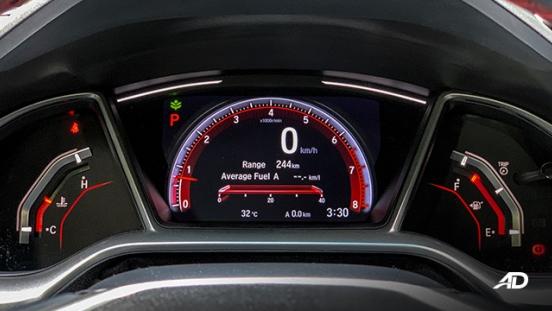 honda civic road test interior instrument cluster