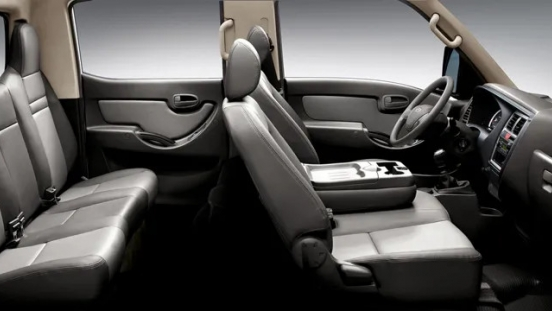 Hyundai H-100 Philippines interior Passenger space