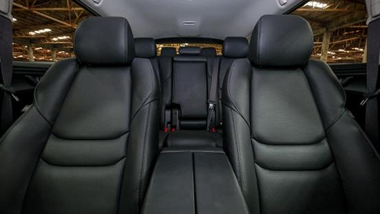 Mazda CX-9 GT 2018 seats