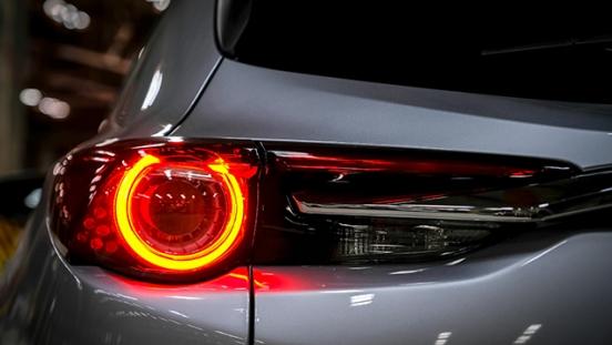 Mazda CX-9 GT 2018 taillight
