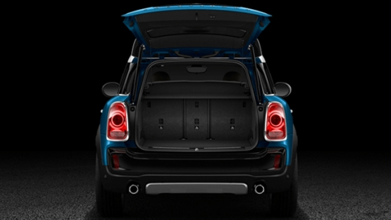 Mini Cooper Countryman 2.0L SD 2018 Philippines trunk