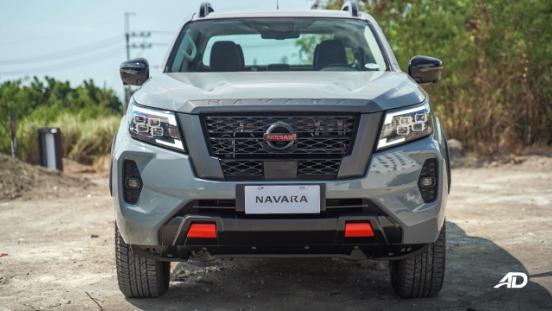 Nissan Navara PRO-4X front