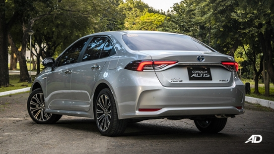Toyota corolla altis hybrid review road test rear quarter exterior
