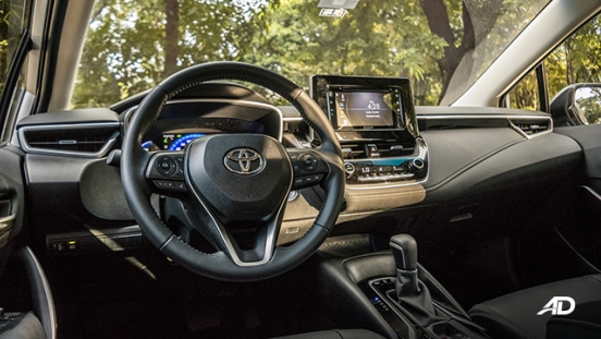 Toyota corolla altis hybrid review road test steering wheel interior philippines