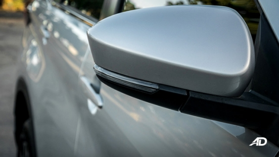 toyota rush road test exterior side mirror