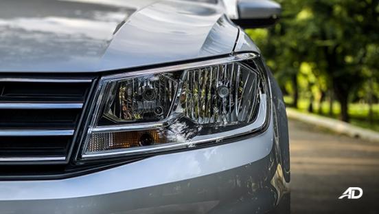 volkswagen santana road test exterior headlights