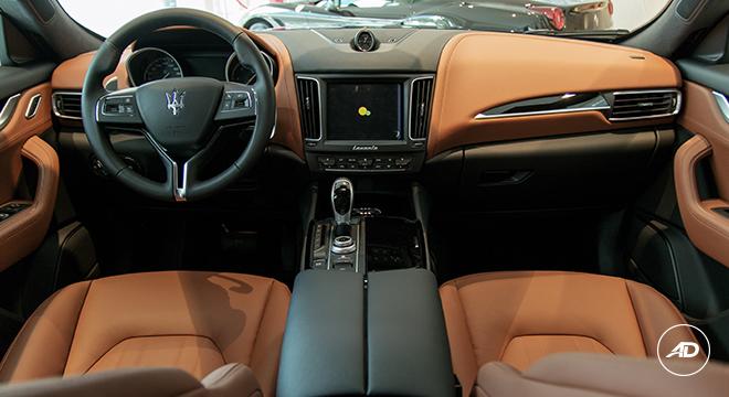 2018 Maserati Levante Diesel 275 interior