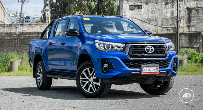 2018 Toyota Hilux Conquest front