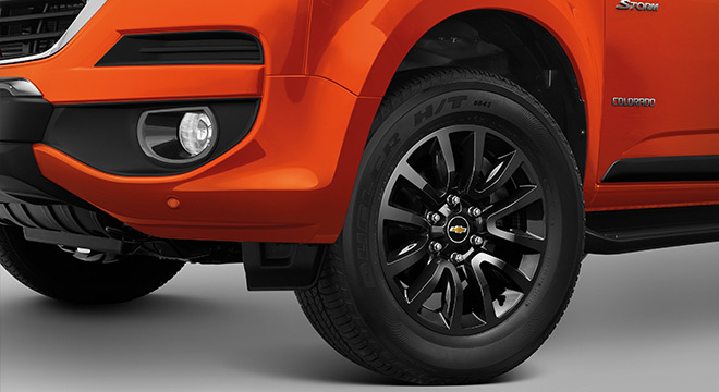 2019 Chevrolet Colorado High Storm black alloy