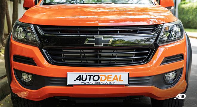 2020 Chevrolet Colorado front exterior badge
