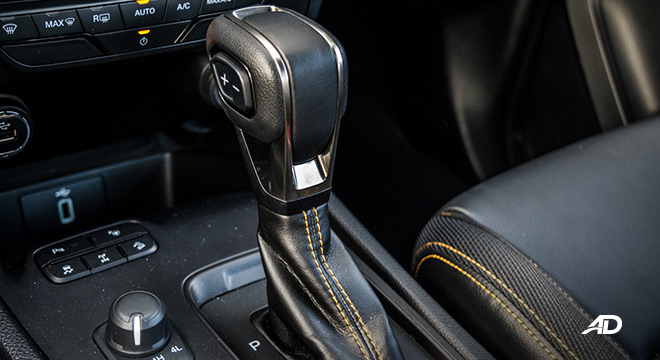 2021 Ford Ranger Wildtrak interior gear shifter Philippines