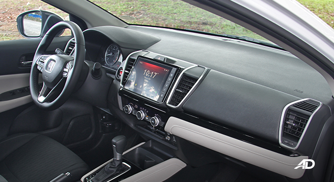 2021 Honda City V interior dashboard Philippines