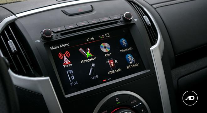 2021 Isuzu mu-X interior infotainment system Philippines