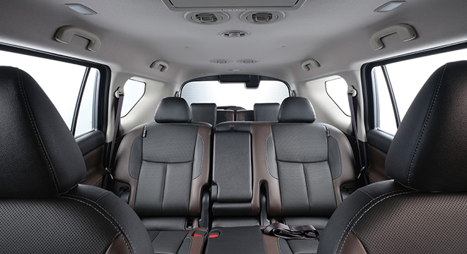 2021 Nissan Terra VL Philippines interior