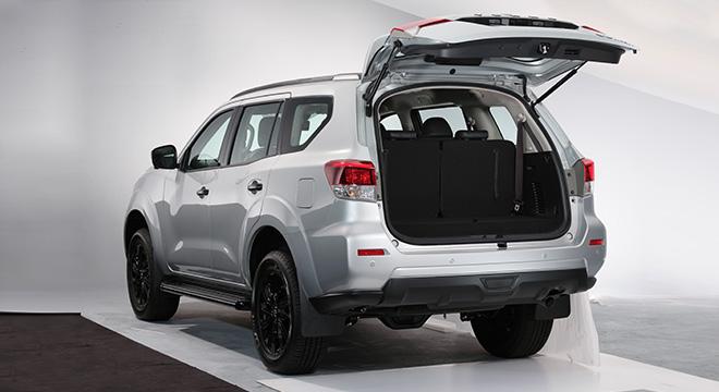2021 Nissan Terra VL Philippines rear door