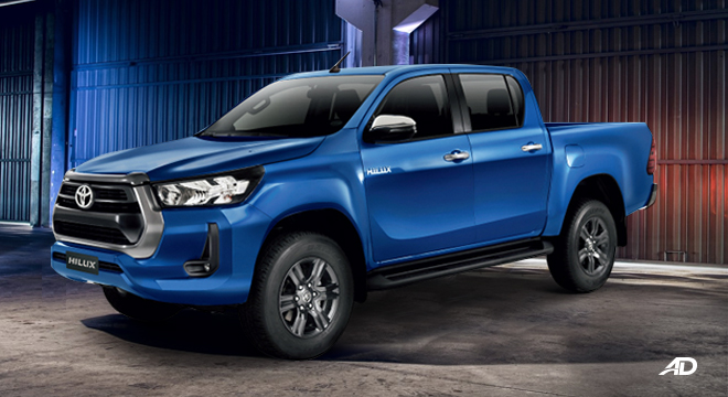 2021 Toyota Hilux E MT exterior side Philippines
