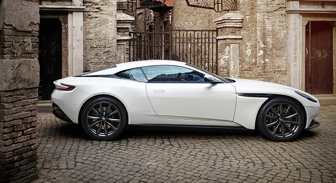 Aston Martin DB11 V8 side