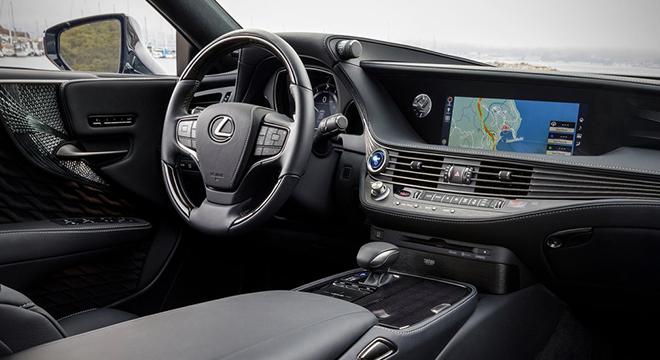 Lexus LS 500h 2018 interior