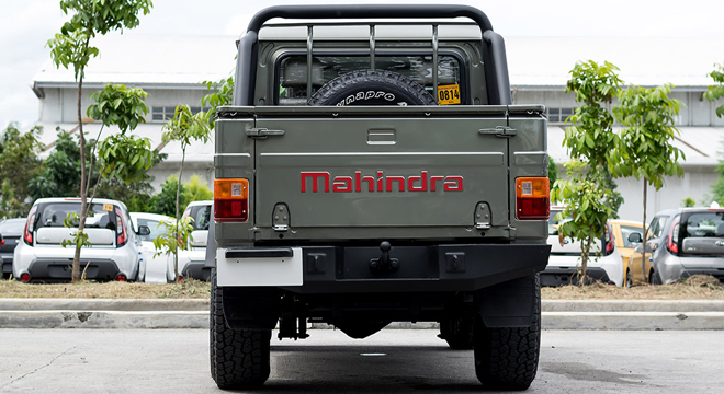 Mahindra Enforcer Double Cab 4x2 Floodbuster 2018 rear