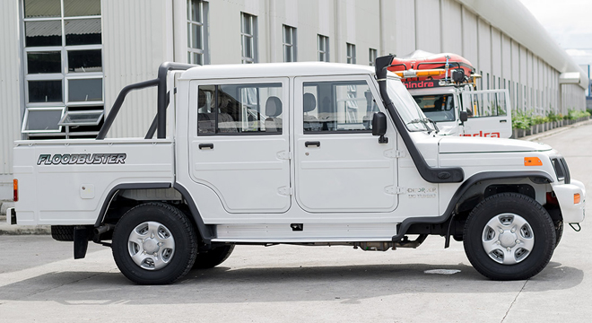 Mahindra Enforcer Double Cab 4x4 Floodbuster 2018 side