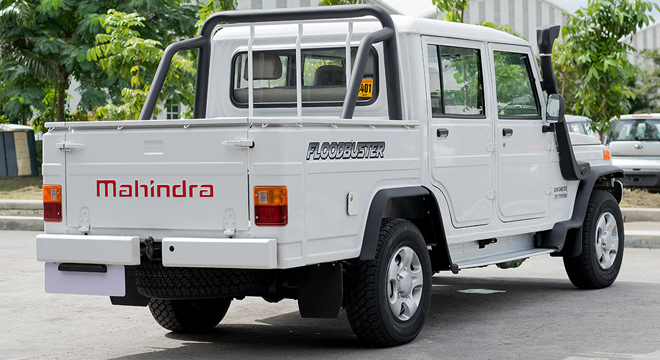 Mahindra Enforcer Double Cab 4x4 Floodbuster 2018 white