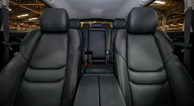 Mazda CX-9 Sport Touring 2018 seats