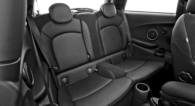 Mini Cooper 2.0L S (3Door) 2018 Philippines seats