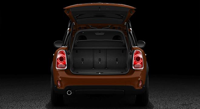 Mini Cooper Countryman 2.0L D 2018 Philippines trunk