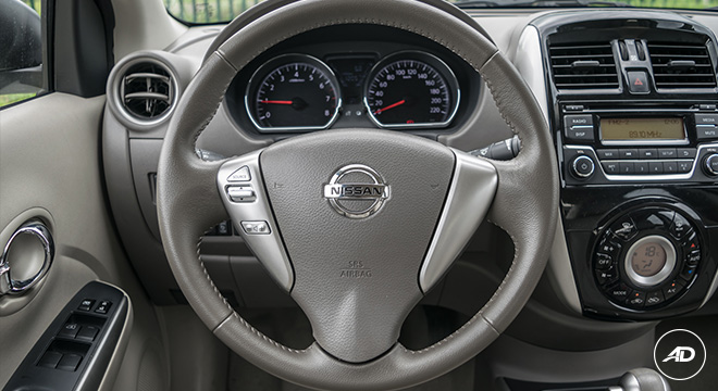 Nissan Almera 1.5 VL AT 2018 Philippines infotainment