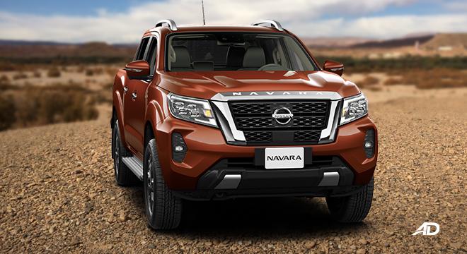 Nissan Navara VL front quarter