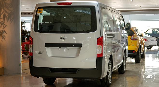Nissan NV350 Urvan Escapade 12-Seater 2018 rear