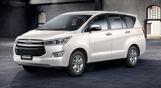 Toyota Innova V 2.8 AT White Pearl