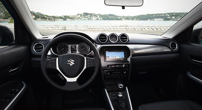 Suzuki Vitara GL+ 2018 dashboard
