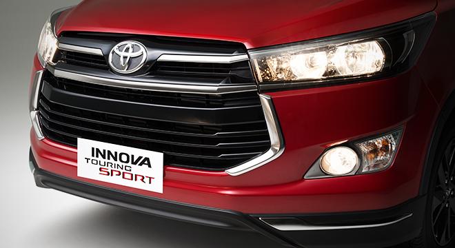 Toyota Innova 2.8 Touring Sport Diesel AT 2018