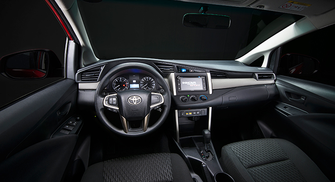 Toyota Innova 2.8 Touring Sport Diesel AT 2018 interior